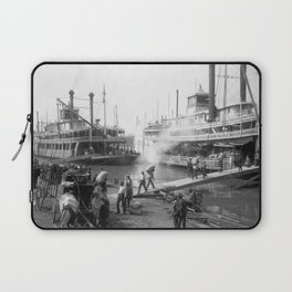 Mississippi River Steamboats At The Dock - Memphis - 1906 Laptop Sleeve