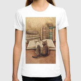 Kittens Reading A Book T-shirt