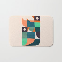 Two birds dancing Bath Mat