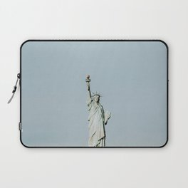 New York City VI  / Statue of Liberty Laptop Sleeve