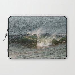 Wave at Bearskinneck Laptop Sleeve