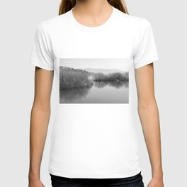 Lakescape in bw T-shirt