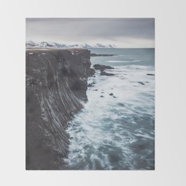 The Edge - Landscape and Nature Photography Throw Blanket