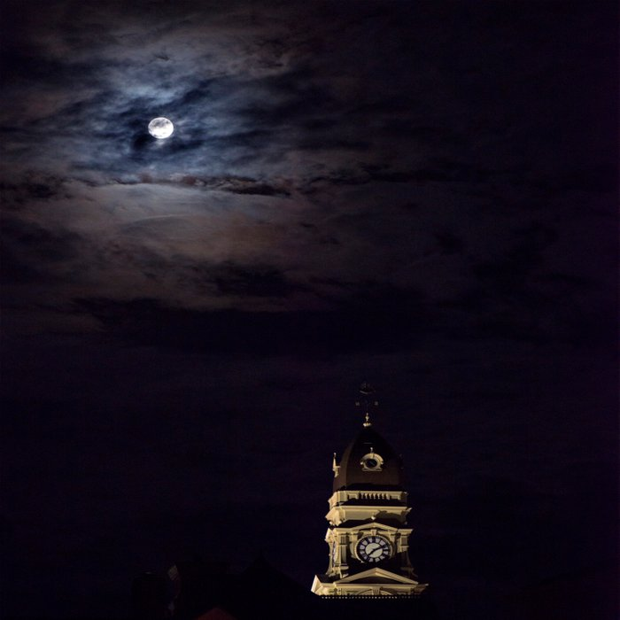 Gloucester City Hall and the full moon Comforters
