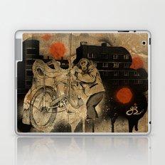 Bo-bo Steals a Ride (alt) Laptop & iPad Skin