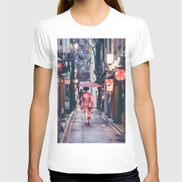 Geisha In Kyoto T-shirt