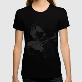 Skull knight in the snow - black and white - medieval grim reaper T-shirt