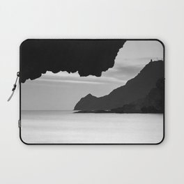 Half Moon Beach. Vela Tower Cliff. Bw Laptop Sleeve