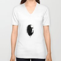 thranduil V-neck T-shirts featuring Thranduil in bnw by LindaMarieAnson