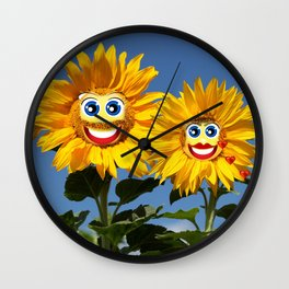 Sonnenblumenfrau und Sonnenblumenmann Wall Clock