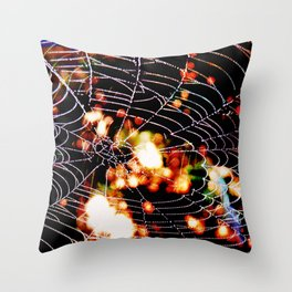 spider love Throw Pillow