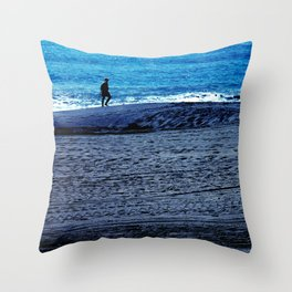 New world to conquer Throw Pillow