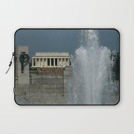 Memorial Fountain  And Lincoln Memorial Laptop Sleeve