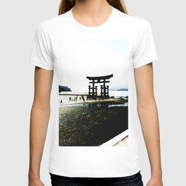 The Gate of Miyajima T-shirt