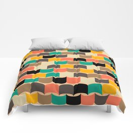 Retro abstract pattern Comforters