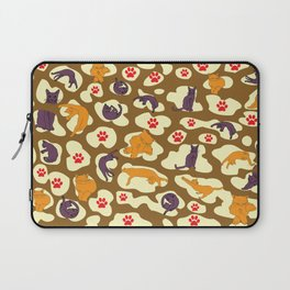 Cats in the animal print Laptop Sleeve