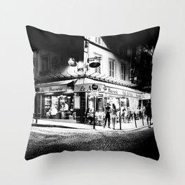 Café le Nazir (Montmartre; Paris) Throw Pillow