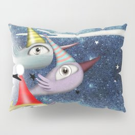 Birds following the stars Pillow Sham