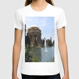 Palace Of Fine Arts And Lagoon T-shirt