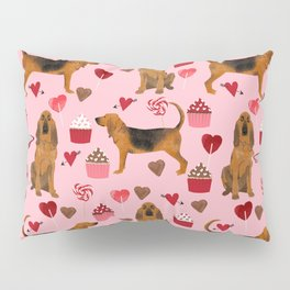 Bloodhounds cupcakes valentines day gifts dog lover pet friendly hearts dog breed Pillow Sham
