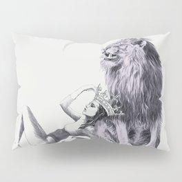The Queen (Leo) Pillow Sham