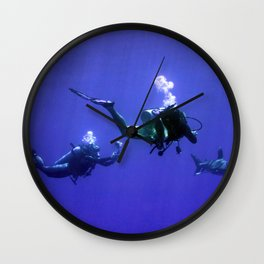 Photographing an Oceanic Whitetip Wall Clock
