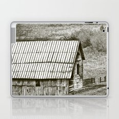 Weathered Barn Laptop & iPad Skin