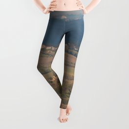 Italian countryside landscape Leggings