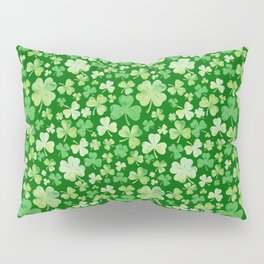 Lucky Green Watercolour Shamrock Pattern Pillow Sham
