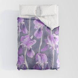 Simple Iris Pattern in Pastel Purple Comforters