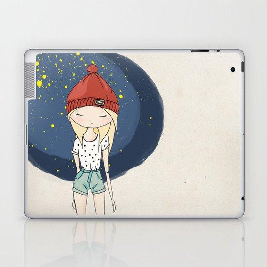 Ange - Fashion illustration Laptop & iPad Skin
