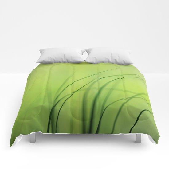 Sway  (Grass) Comforters
