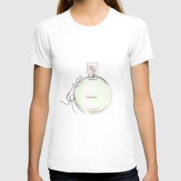 Green parfum with girl T-shirt