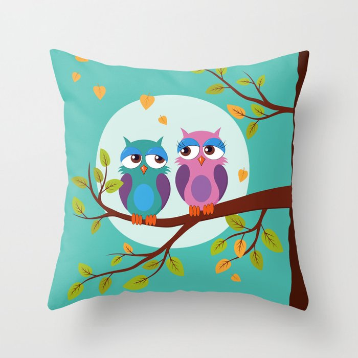 Sleepy owls in love Throw Pillow