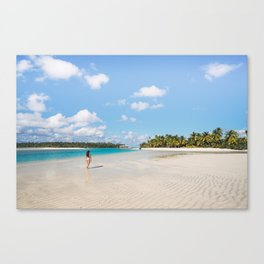 Enjoying the Cook Islands Canvas Print