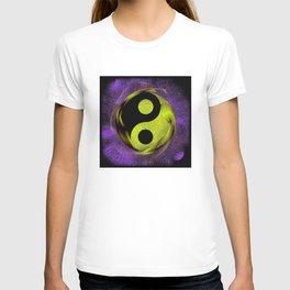 yin yang Ensō zen buddhism purple anise T-shirt