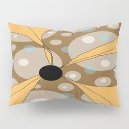 FLOWERY  LILY / ORIGINAL DANISH DESIGN bykazandholly Pillow Sham