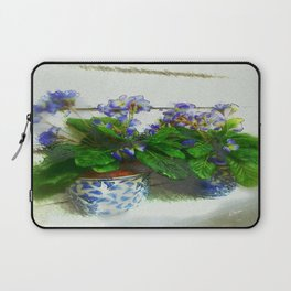 """""""Soothing Violets"""" Laptop Sleeve"""