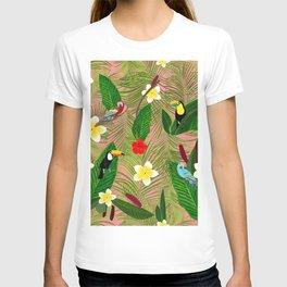 Palm Leaves and Frangipani Hawaiian Pattern T-shirt