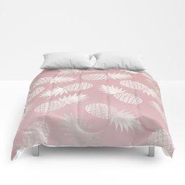 Blush Pineapple Pattern Comforters