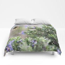 bumble bee flight Comforters