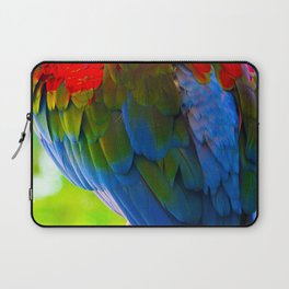 Spectacular Feathers On Scarlet Macaw Parrot's Back Laptop Sleeve