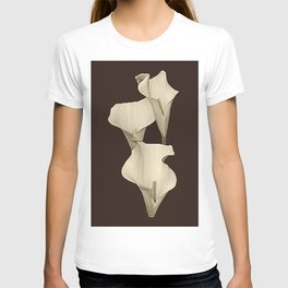 Cream Calla Lilly. T-shirt