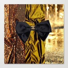 COCO GLAMOUR AND VINTAGE : BOW Canvas Print