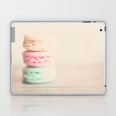 the sweet sweet macaron ... Laptop & iPad Skin