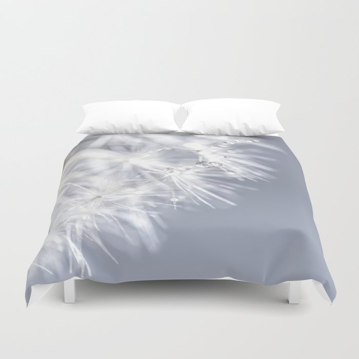 Sparkling dandelion with droplets - Flower water Duvet Cover