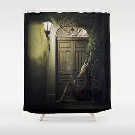 Shamán Shower Curtain