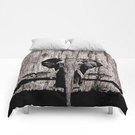 LAST BULL OF THE SERENGETI Comforters
