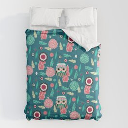 Owls and flowers in blue Comforters