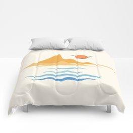 Minimalistic Summer III Comforters